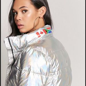 Metallic silver world flag puffer. Awesome!! 😎